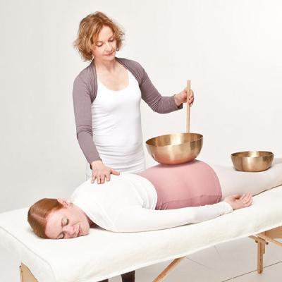 Stephanie Blömer Klangmassage